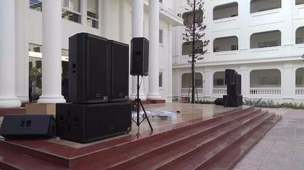 Loa 828S chuyên dùng cho sân khấu, sự kiện lớn